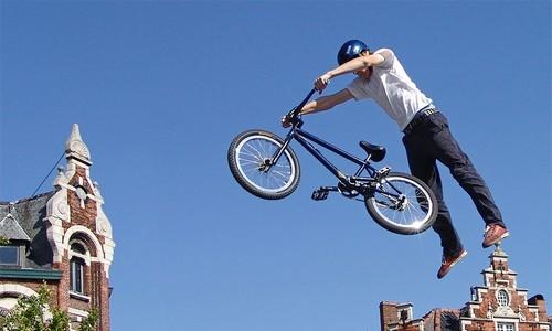 Alain Massabova: 40 Years in Paris BMX 视频